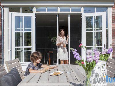 Huis en Zon Raamdecoratie en Zonwering – horren unilux