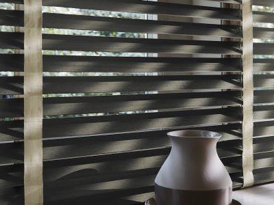 Huis en Zon Raamdecoratie en Zonwering – Luxaflex Houten jaloezie 5