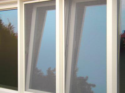 Huis en Zon Raamdecoratie en Zonwering – horren en insectenhorren inzethor